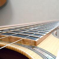 アコースティックギターのフィンガーボード