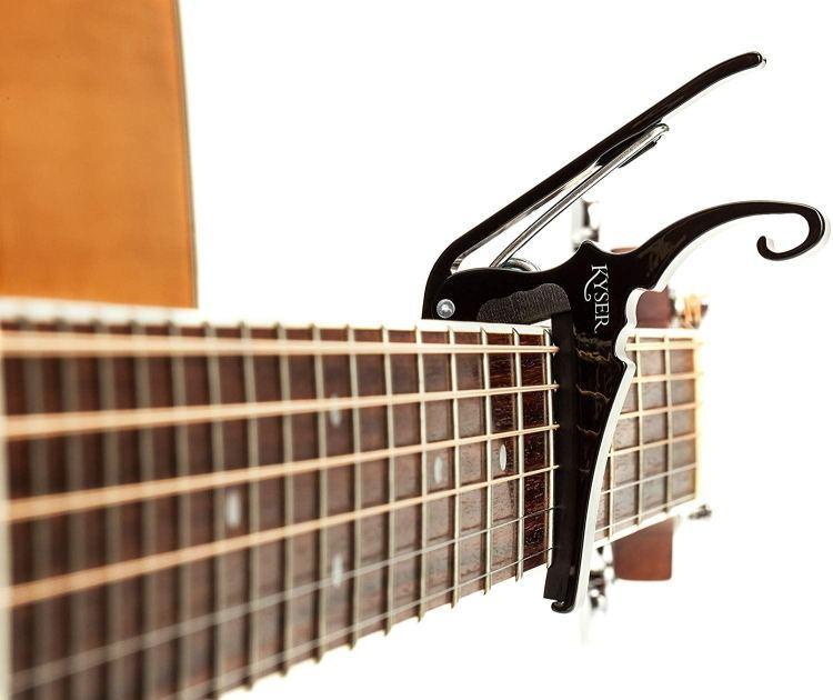ギターのカポタストとは