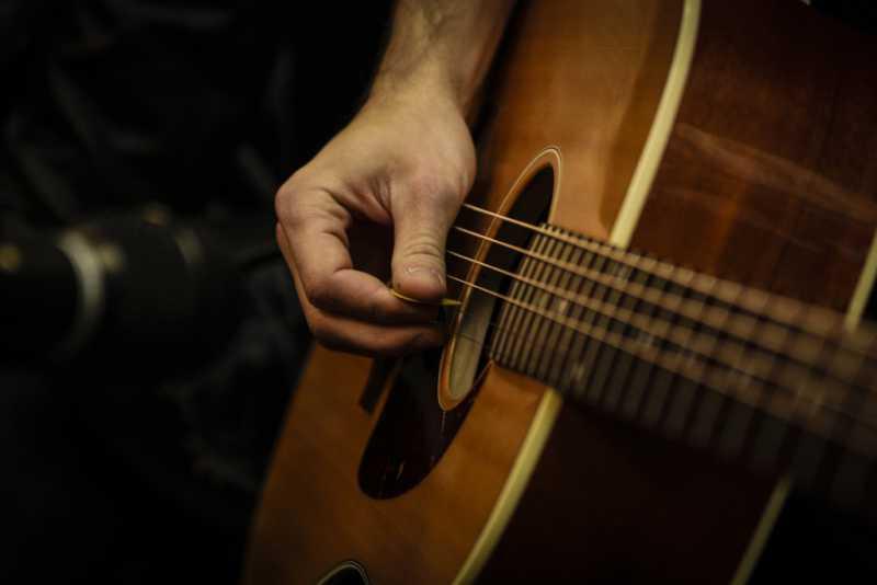 ギターの弦の選び方