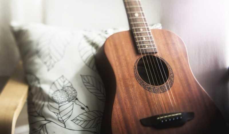 ギタースタンドの選び方