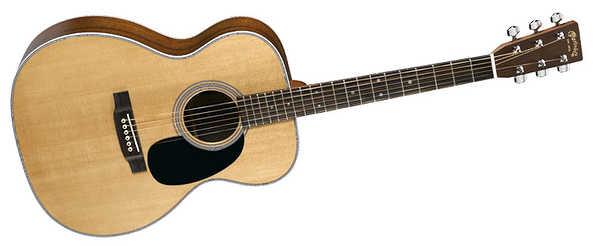 アコースティックギターのトリプルオー(オーディトリアム/000)
