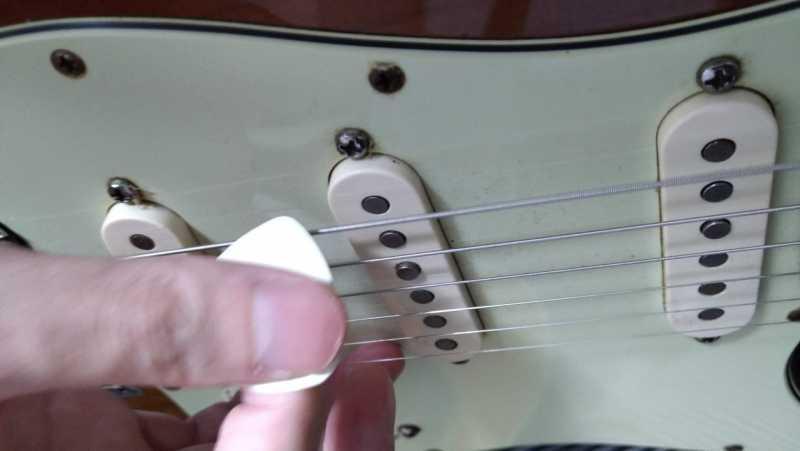 ギターのオルタネイトピッキングとは