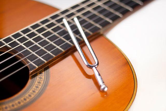 ギターのチューニングをチューナーなしでするやり方