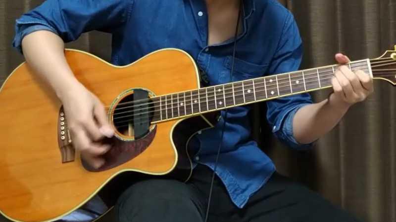 ギターのストロークとは