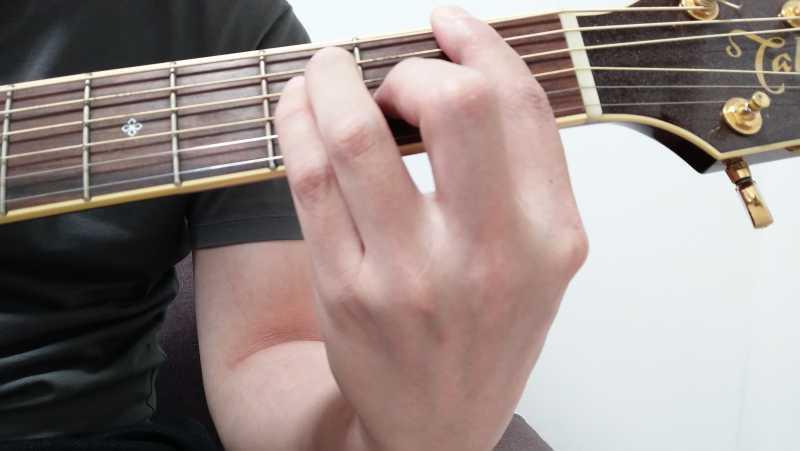 ギターのバレーコード(セーハコード)の押さえ方
