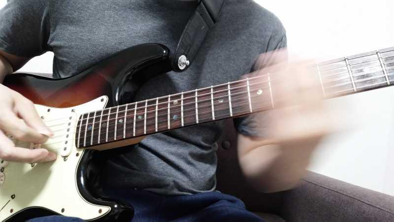 ギターのグリッサンド(グリス)とは