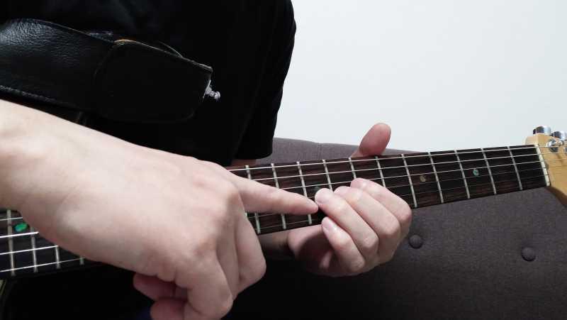 ギターのジャックオフビブラートの左手のやり方