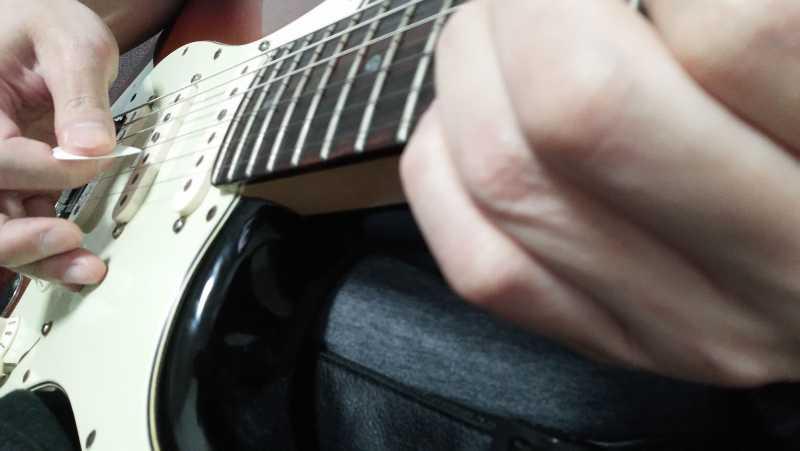 弦と弦の距離感を掴む