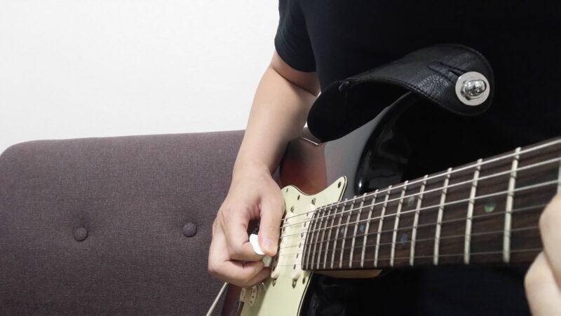 ギターのピッキングハーモニクスとは