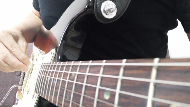 ギターのピックスクラッチとは