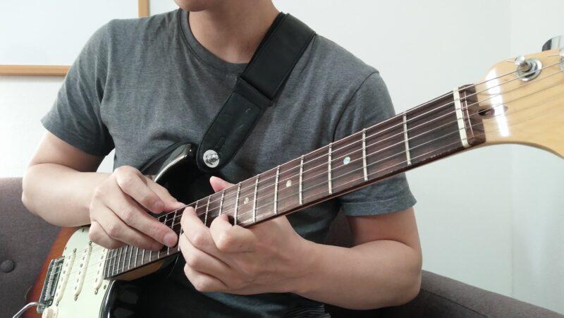 ギターのエイトフィンガー奏法とは