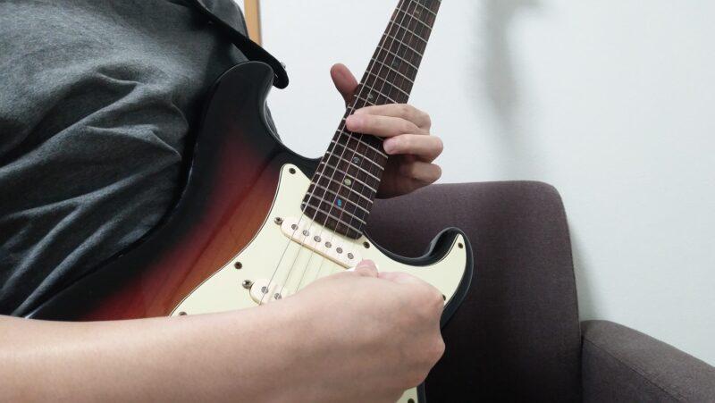 ギターのハミングバード奏法のやり方